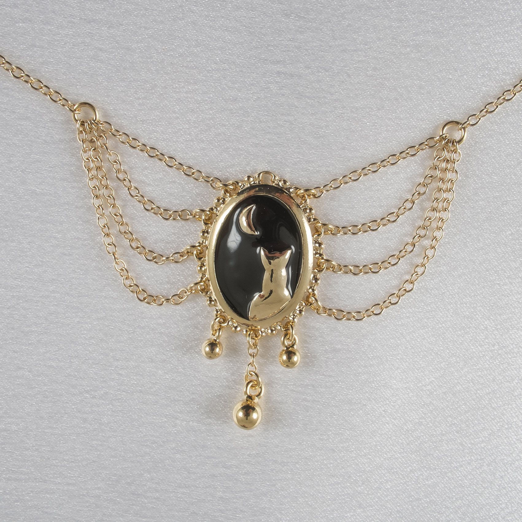 CHT128 Gold Moonlight Cameo Waist Chain