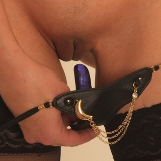 ST136 Women's Leather G-String with Gold Moon and Penetrating Finger